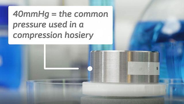 Biatain Fiber kan låse ekssudat inde selv under kompressionsbehandling.