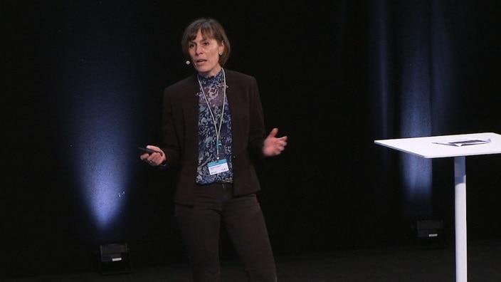 Se Mariannes fortælle om, hvordan en peristomal bule kan påvirke patienters liv og livskvalitet.